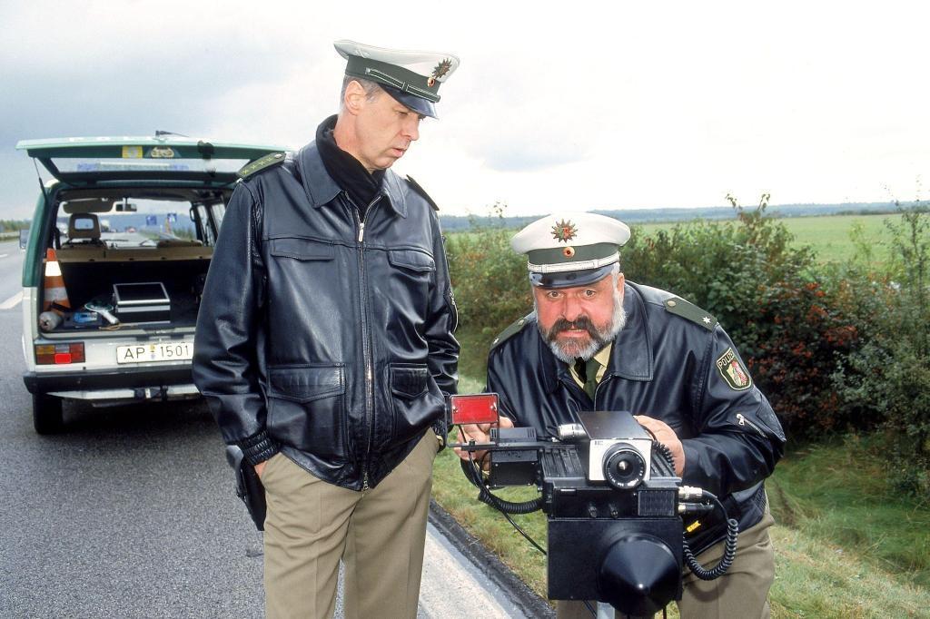 Dietmar Huhn and Horst Hertzberger